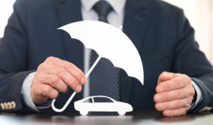 Comment assurer une voiture sans carte grise?