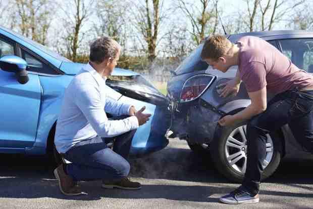 Quelles informations sont nécessaires pour assurer une voiture?