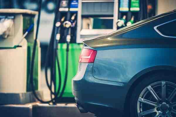 Quel carburant devriez-vous choisir 95 ou 98?