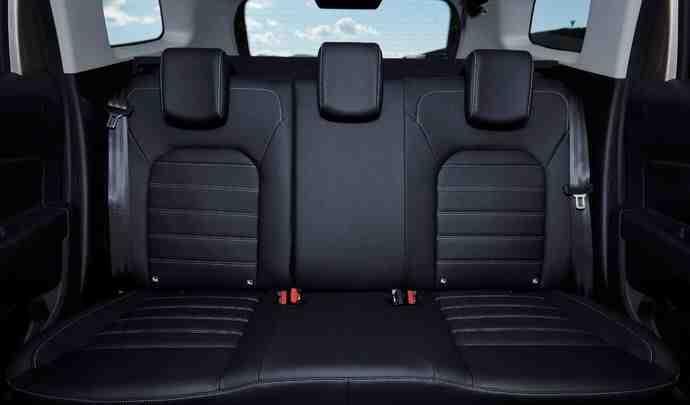 Quelle voiture avec 5 vrais sièges?