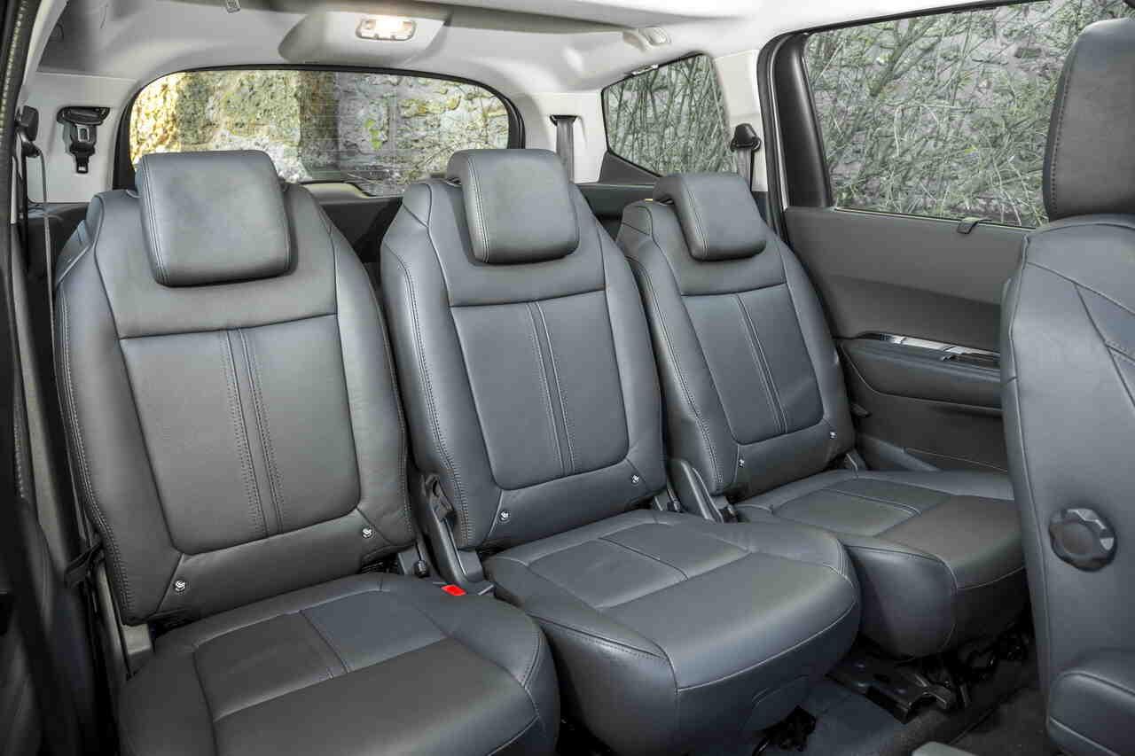 Quelles sont les voitures avec 3 vrais sièges à l'arrière?