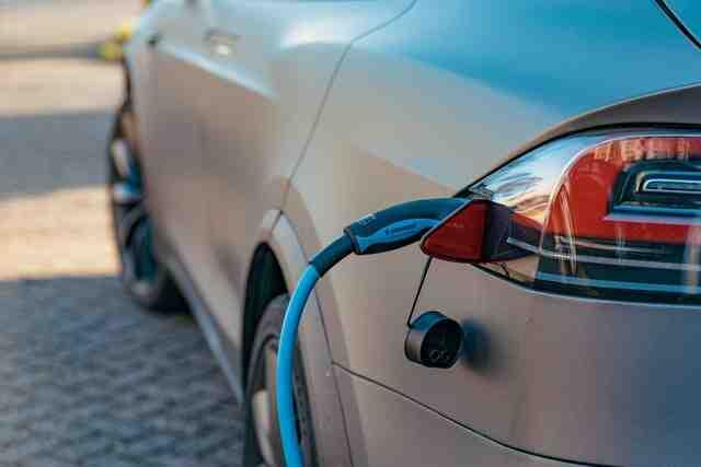Une voiture électrique en profite-t-elle?