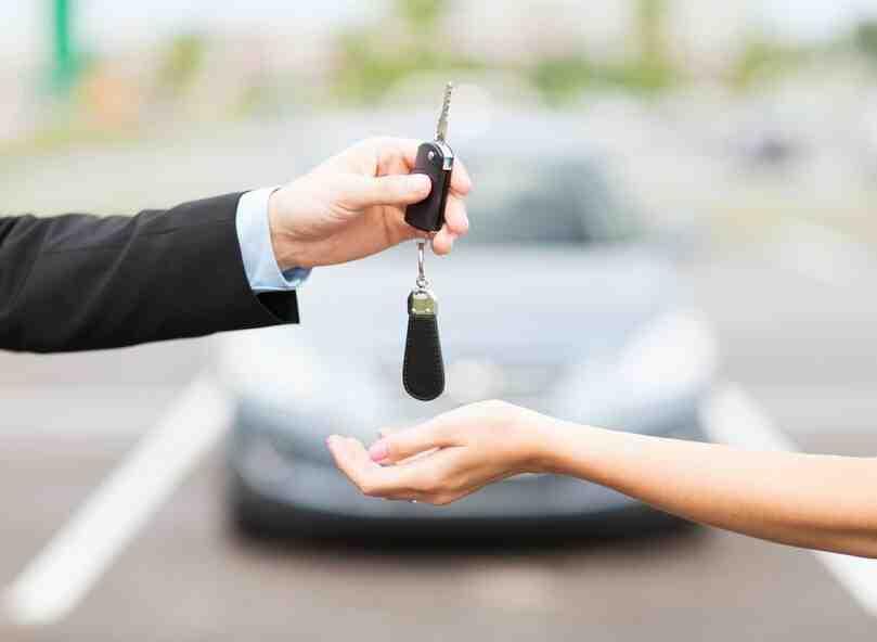 Comment vendre une voiture pour des pièces sans contrôle technique?